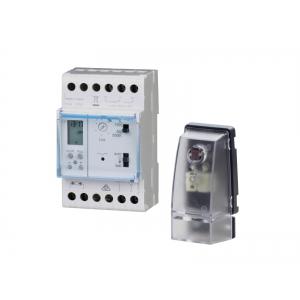 Hager Dämmerungsschalter EE171+EE003 mit digitaler Wochenschaltuhr